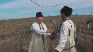 България празнува Трифон Зарезан! Честит празник! (видео)