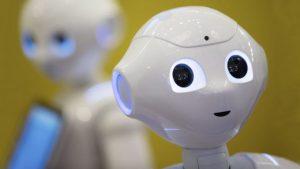 Деца програмират роботи в читлището в Бяла Слатина