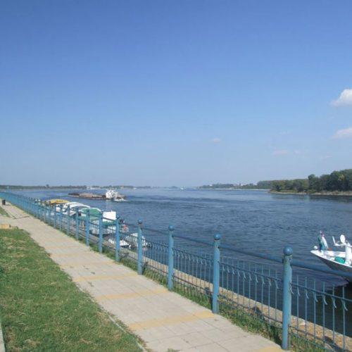 Ученици пуснаха послание в бутилка по река Дунав