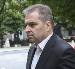 Гроздан Караджов сравни новата пенсионна формула с грабеж, от НОИ отричат