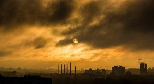 Заводи в Китай изпускат забранен газ, който разрушава озоновия слой