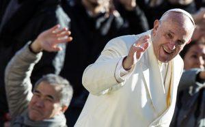 Над 3 часа ще протича проверката на всички, които искат да видят папата