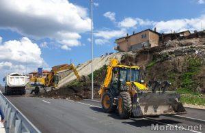 Булеварда за милиони във Варна. Земна маса се е срутила
