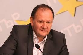 Предизборната кампания беше грешна, напускането на НС също. Ние изпуснахме над 30 закона, които бяха приети без участието на социалистическата партия. Това се установи вчера на пленума на БСП, заяви бившият лидер на партията Михаил Миков в сутрешния блок на БНТ.