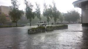 Болницата в Девин под вода след пороливните дъждове
