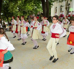"""Венци Пасков поздрави самодейците от читалище """"Светъл ден"""" с годишния им концерт"""