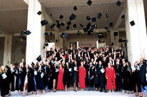 "Зрелостниците от ГПЧЕ ""Йордан Радичков"" получиха своите дипломи"