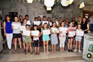 Наградиха победителите в художествено-творчески конкурси във Враца