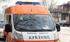 Ограда на жп надлез се срути в Пазарджик, две деца пострадаха