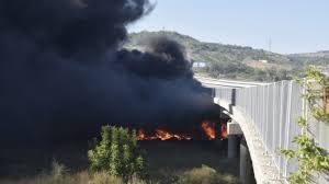 """Разследват палеж, причинил повреди на мост на АМ """"Струма"""""""