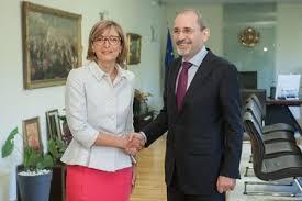 Екатерина Захариева подписа визово споразумение с колегата си от Йордания