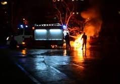 Огнеборци гасиха запалил се автомобил във Видин