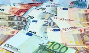 Излъгаха баба с €6000 за разваляне на магия