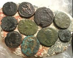 Полицията иззе старинни монети във врачанско село