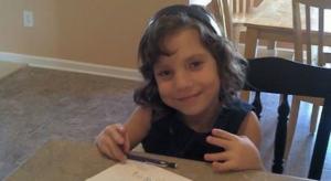 Родители разбрали, че 12-годишната им осиновена дъщеря всъщност е на 22 години и е искала да ги убие
