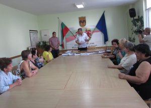 В Белоградчик връчиха договори на лични асистенти