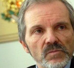 доц. Борислав Великов ще подпомогне 10 монтански деца тази година