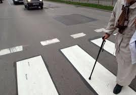 Блъснаха две баби на пешеходна пътека във Враца