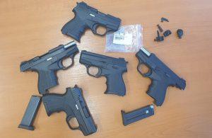Задържаха пет контрабандни пистолета на Капитан Андреево