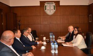 Ръководствата на Прокуратурата и Български лекарски съюз обсъдиха проблема с агресията срещу медици