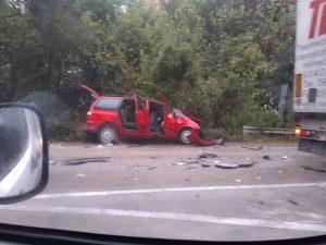 Катастрофа между ТИР и лек автомобил затвори пътя Видин-Монтана през Арчар
