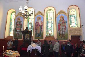 С обновена църква и курбан във Власатица отбелязаха Петковден (СНИМКИ)