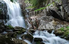 """Намериха изгубило се семейство в района на """"Каньон на водопадите"""""""