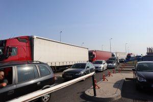 Интензивен е трафикът на Дунав мост 2