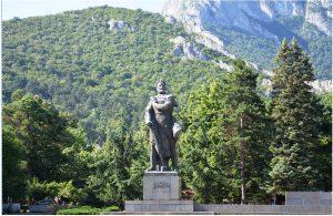 Враца отбелязва годишнина от рождението на Христо Ботев