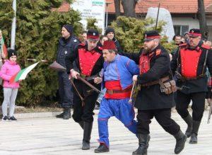 Ученици от Видин и Калафат тренират възстановки от освобождението