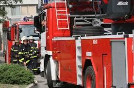 Огнеборци гасиха два пожара във Видин