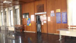 Разследват касиер в Информационния център на Община Видин за отклоняване на средства от такси (Новините на Видин Вест – ранна емисия)