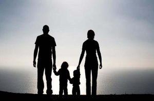 От днес родителите на деца до 12 години, които са в неплатен отпуск могат да кандидатстват за еднократната помощ от 375 лв.