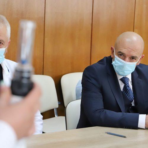 ВМА и медиците на първа линия получиха ново дарение от Петър Манджуков (Снимки)