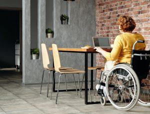 МТСП: Паричните помощи за хората с увреждания без индивидуална оценка