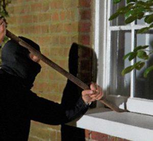 Крадец задигна пари от къща, край Видин
