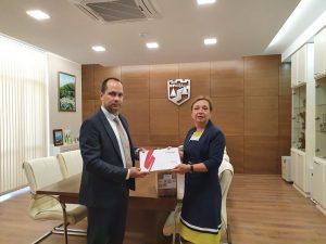 Заместник-министър Зорница Русинова с дарение за децата от социалните услуги във Враца