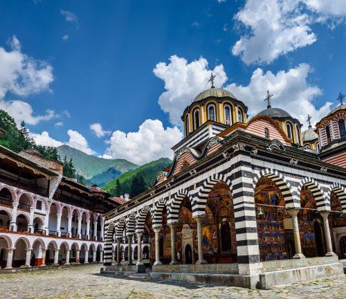 Кабинетът отпусна средства за Рилския манастир