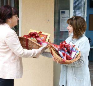 Подаръци за детските градини, които отвориха отново врати на 1 юни