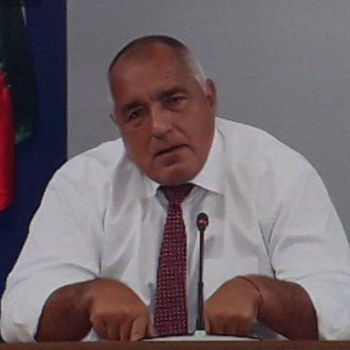 Борисов на живо : Щабът ако не направи още днес публичен дебат, пускам пак дискотеките и баровете! Президентът Радев е допринесъл за разрастването на пандемията
