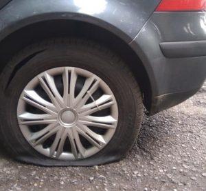 35-годишна видинчанка осъмна с нарязани гуми на автомобила си