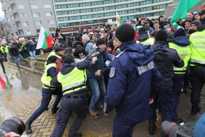 Приключи проверката в СДВР за полицейско насилие при протестите