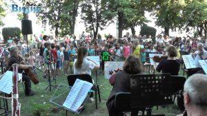 Симфониета Видин представи безплатен концерт за деца в Крайдунавския парк (Видео)