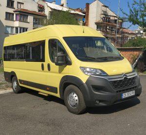 Община Белоградчик получи нов училищен автобус