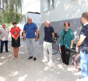 """Жители на обновен блок в комплекс """"Химик"""" се срещнаха с кмета на Община Видин (Снимки)"""