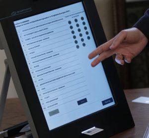 ЦИК уведоми премиера за проблем със съхранението на машините за гласуване
