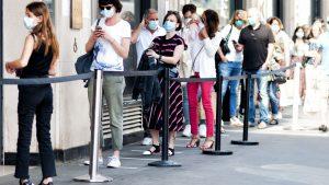 МЗ припомня кога носенето на маска е задължително
