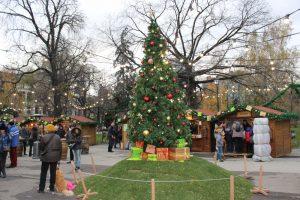 Коледните базари в София без консумация на място и без открити сцени