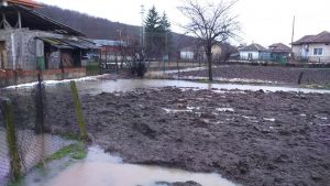 Наводнени са къщи в село Ботуня