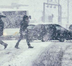 Жълт код за опасно време от снеговалежи важи за цялата страна